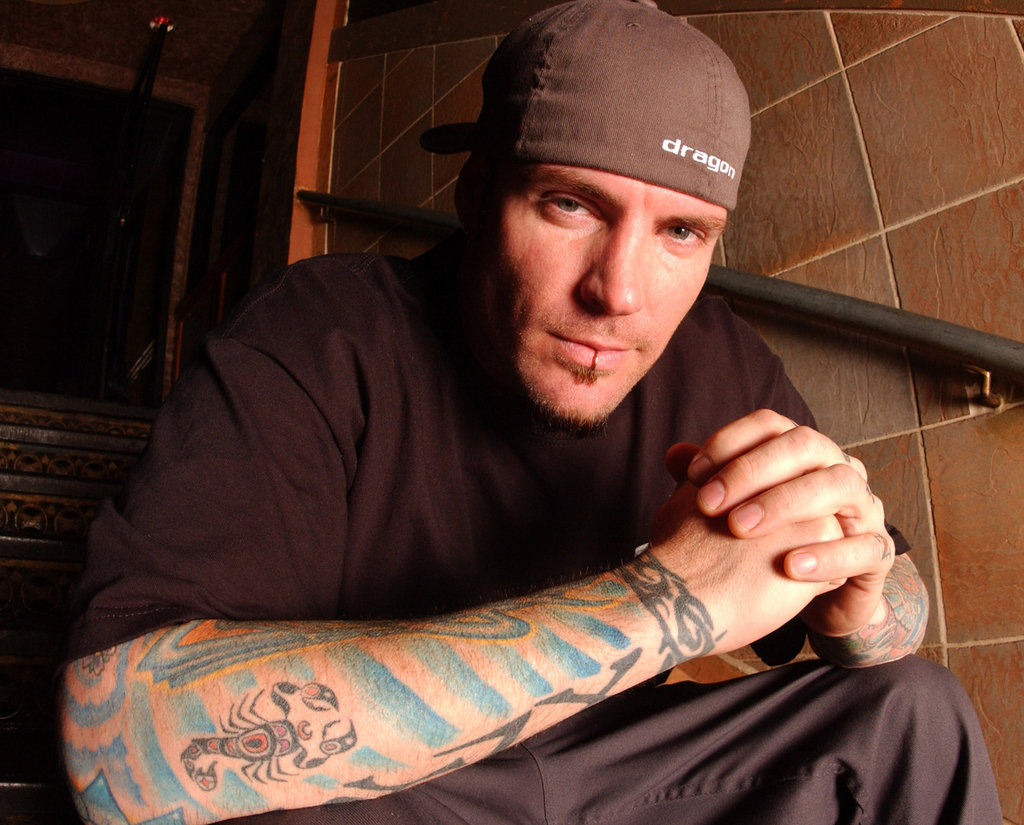 """Vanilla Ice explains Suge Knight incident in Las Vegas on """"Sway in ..."""
