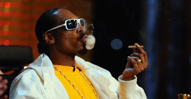 Alaskans Demand Snoop Dogg Concert Now That They Legalized Weed