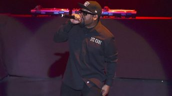 Ice Cube Shuts Fresno Down With Old School Performance